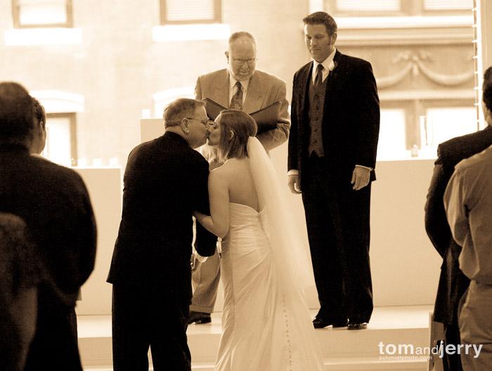 Tom and Jerry Wedding Photography - Club 1000 - Kansas City Weddings