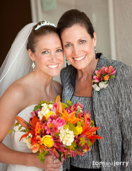 Bride and Mother, Wedding Portraits, KC Plaza, Tom and Jerry Wedding Photography