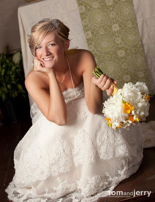 Tom and Jerry Wedding Photography - Kansas City Cute Bride